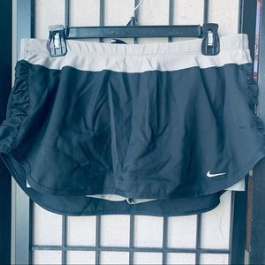 Nike gray running tennis skirt skort rouched L